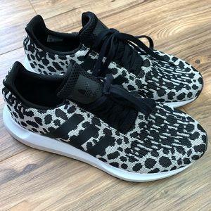 Adidas Swift Run Snow Leopard Tennis Shoes, 10